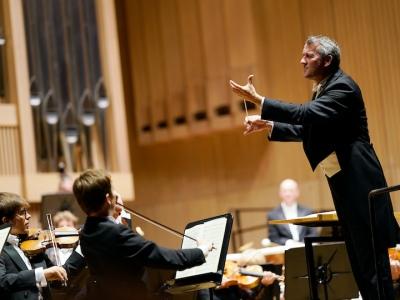 Markus Poschner und das Bruckner Orchester